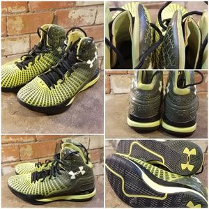 Under Armour Clutch e24 Basketball Shoes